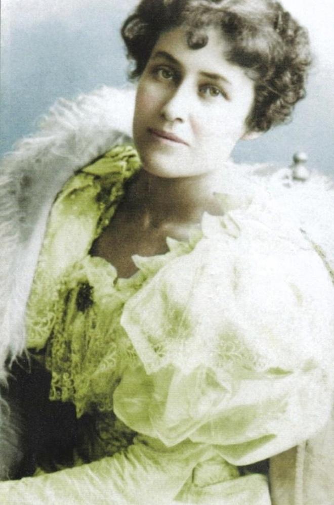 Pauline1